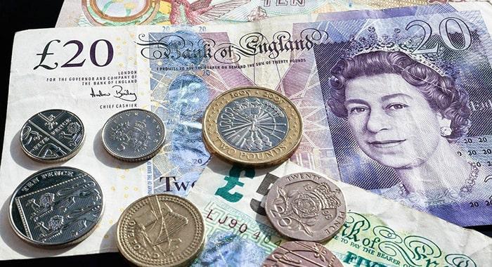イギリスポンドの変動要因