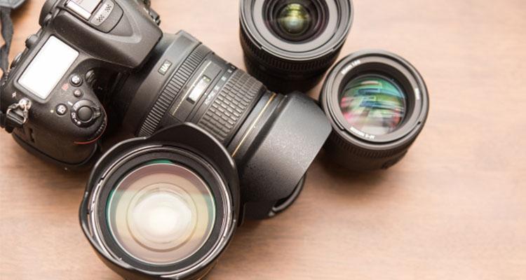 外勤が多いや芸能人やカメラマンなど
